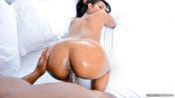 Stranger Picked Up Latina Indira Uma To Give Her Some Dick