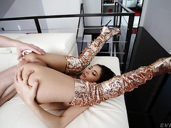 Gianna Dior's Very FIRST ANAL Turns Into Rough Sodomy With Squirting