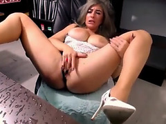 Breasty Blond Hypnotized To Masterbate